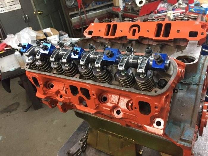 19-4-6 Engine Tope End Finished with Roller Rockers.jpg