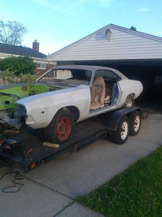 for sale 73 challenger project for sale detroit craigslist not mine for e bodies only. Black Bedroom Furniture Sets. Home Design Ideas