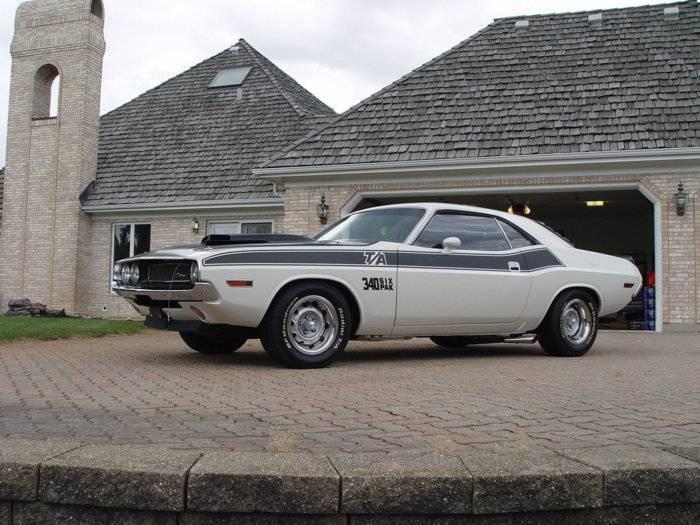 Challenger TA white on ebay.jpg