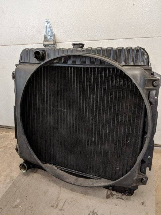 FOR SALE - 71 big block radiator | For E Bodies Only Mopar Forum