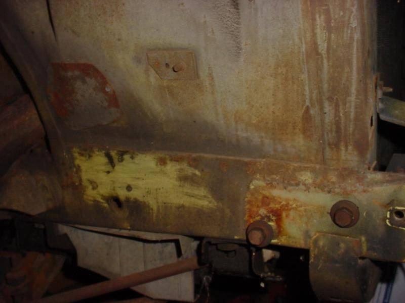 Rt side frame rail inner fender.jpg