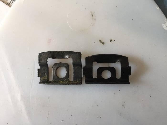windshield-clips-orig-vs-new-jpg.jpg